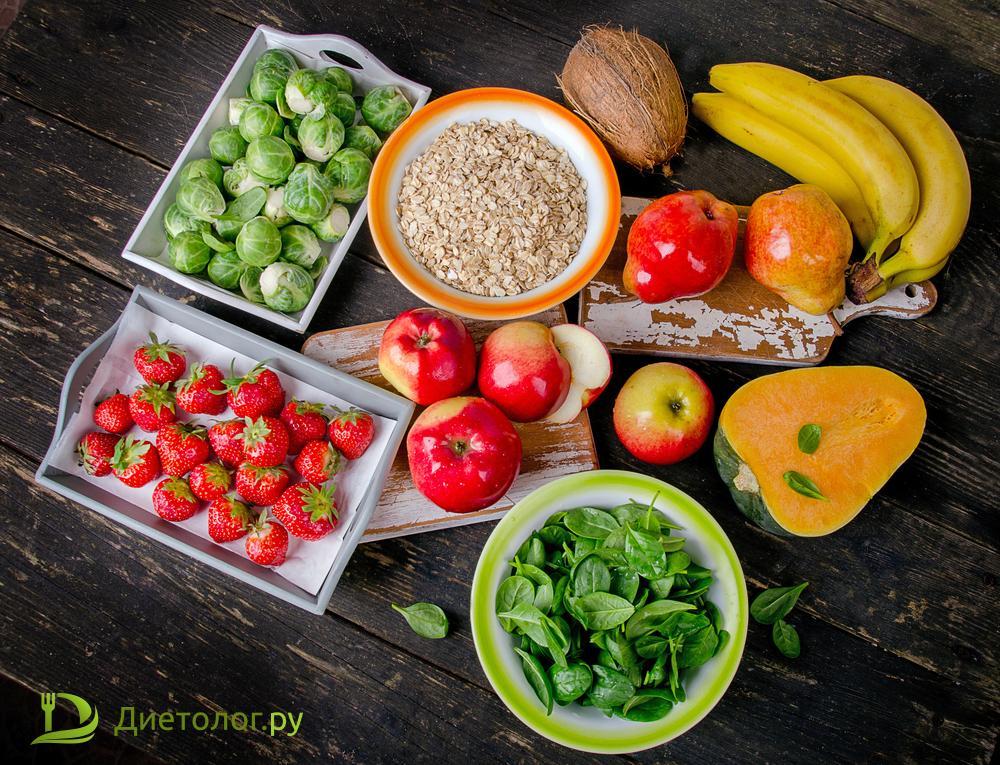Пищу с высоким содержанием клетчатки много съесть не получается