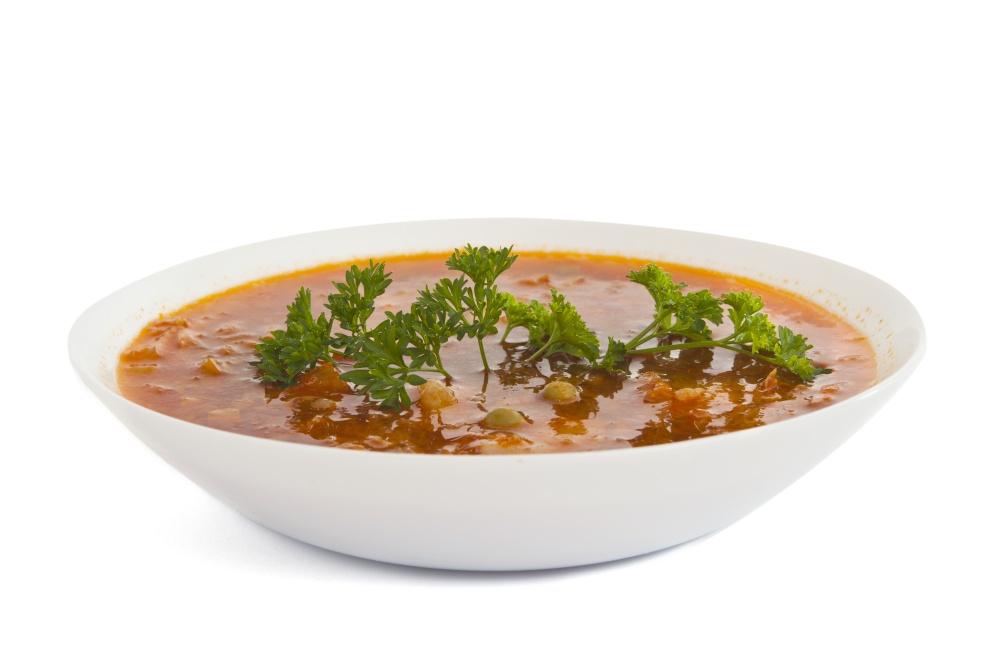 Суп с турецким горохом, рожками и шпинатом